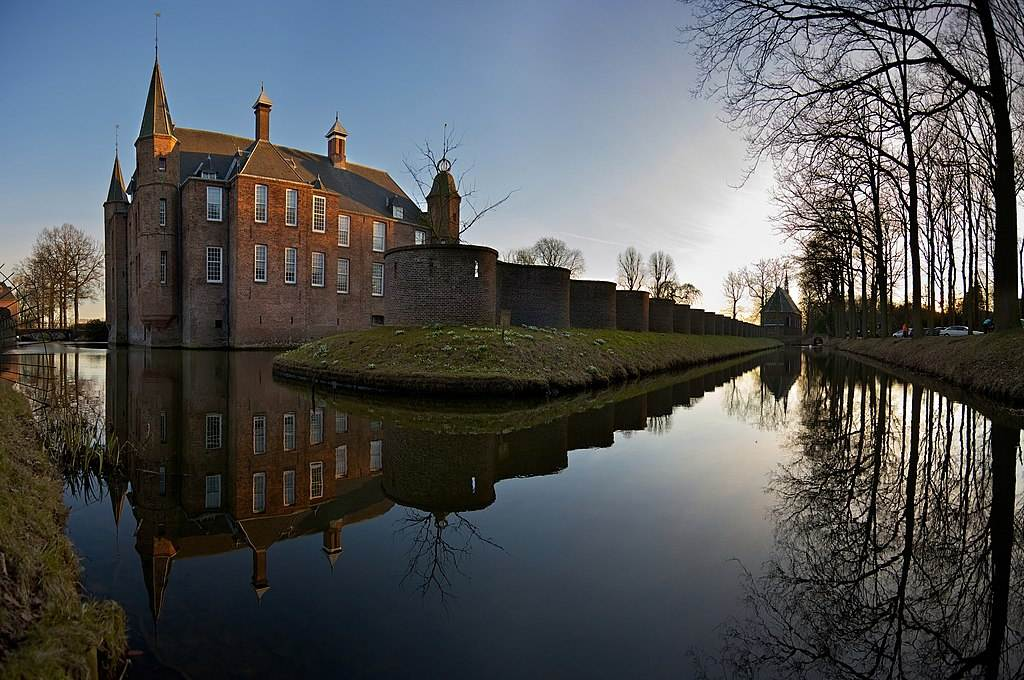 Dutch-castle-Slot-Zuylen