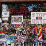 Stonewall_Inn_10_pride_weekend_2016