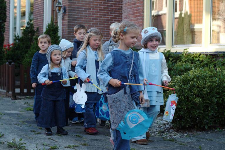 photo-of-dutch-children-celebrating-sint-maarten