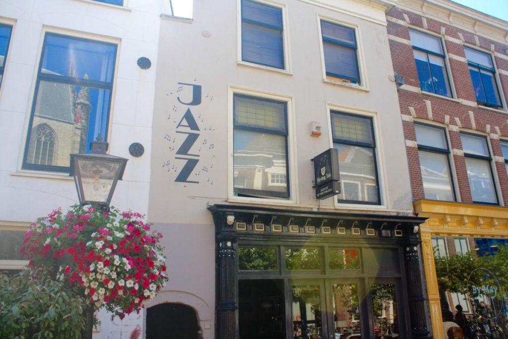 Bar in Leiden