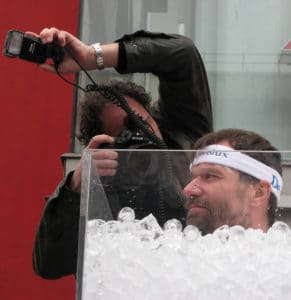 Wim Hof in ice bath