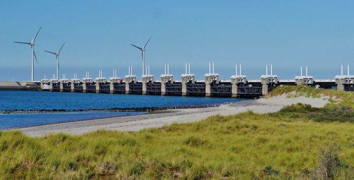 Photo-of-Dutch-dam-water-management