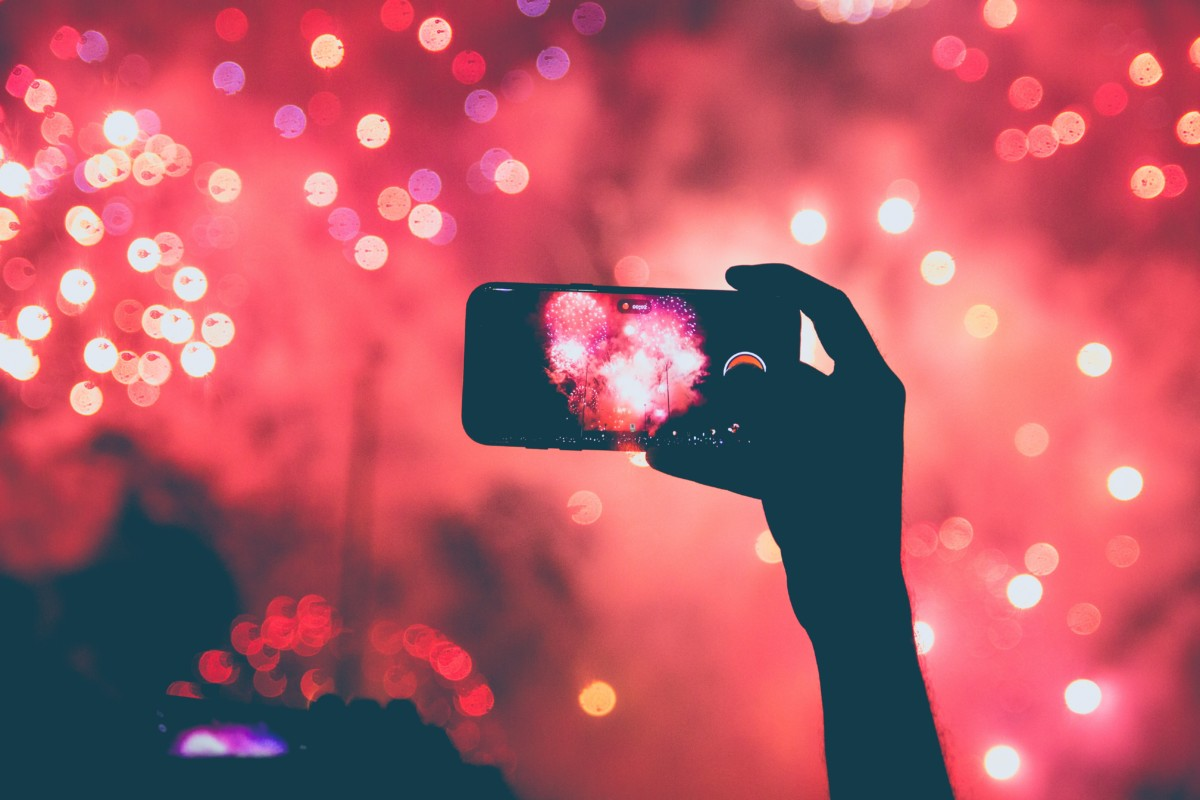 https://unsplash.com/search/photos/fireworks