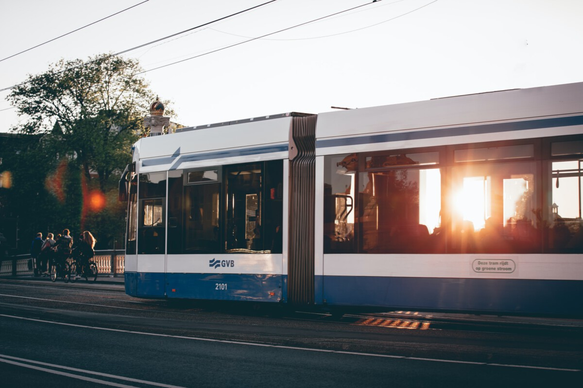 Goodbye OV card, hello paying for Dutch public transport with phone or bank card! – DutchReview