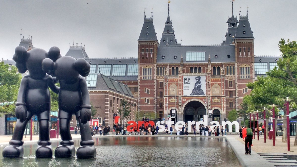 Amsterdam NOT one of the most expensive cities to live in for expats –  DutchReview