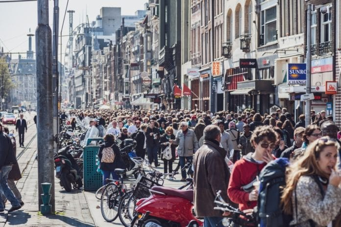 THINGS TO DO IN AMSTERDAM, WALKING TOURS AMSTERDAM