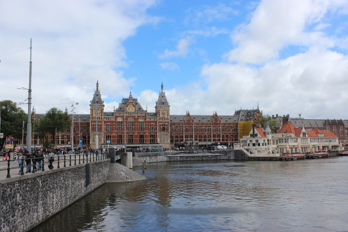 from Andrew expat dating amsterdam