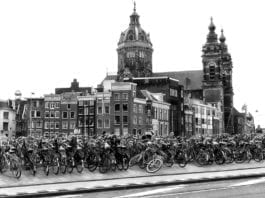 amsterdam expats million