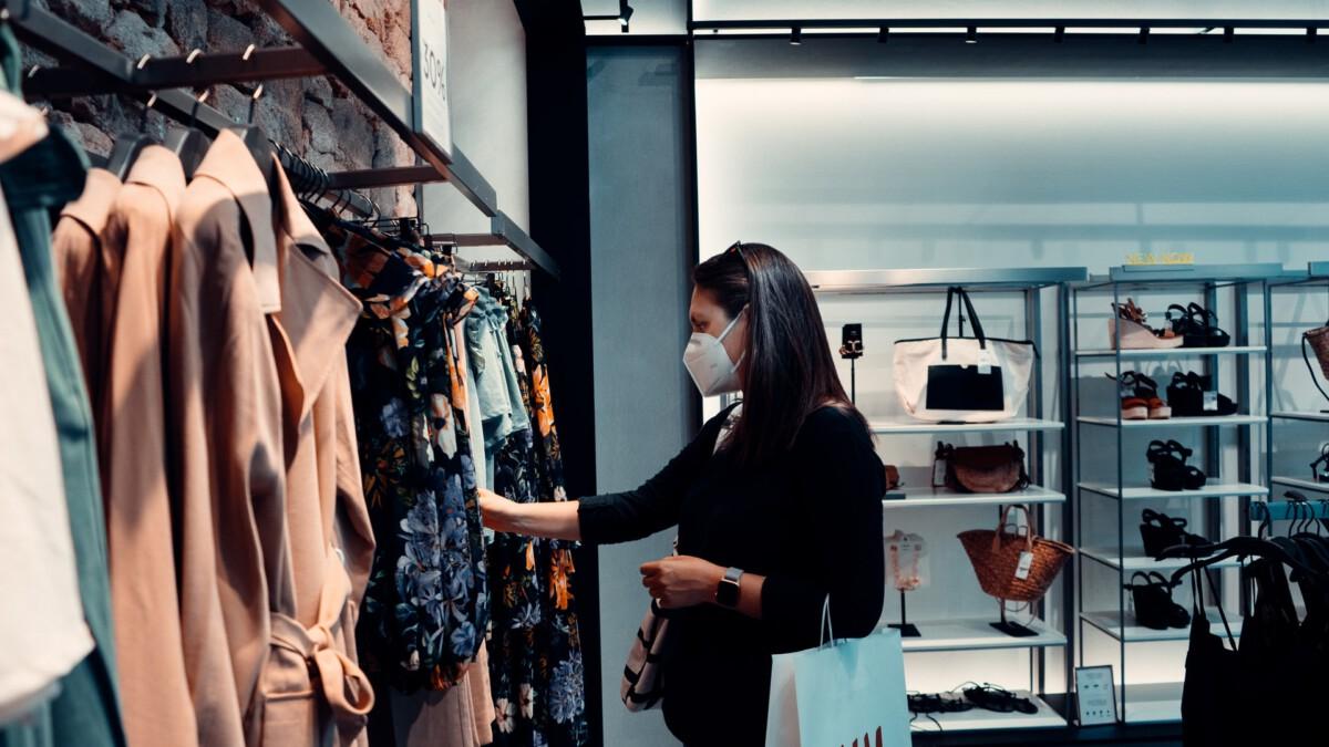 photo-of-woman-shopping-during-coronavirus-in-netherlands