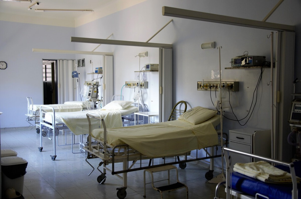 empty-hospital-beds