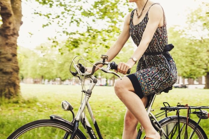 Girl_bike_netherlands