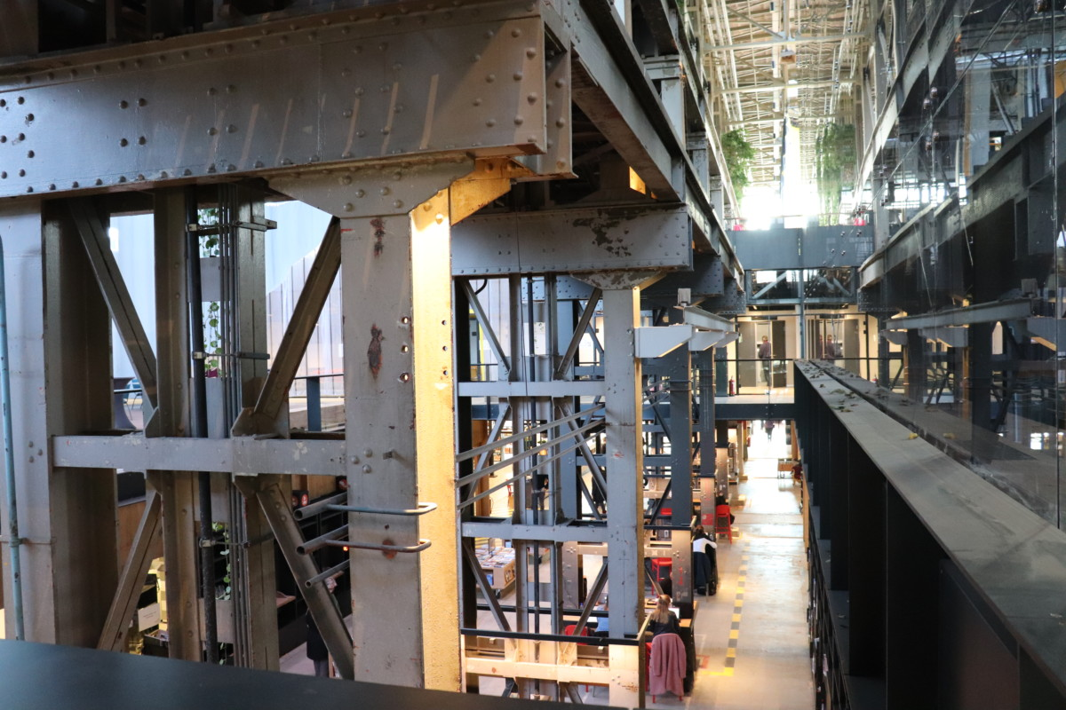Tilburg, Steel Beams, Architecture, LocHal, Library