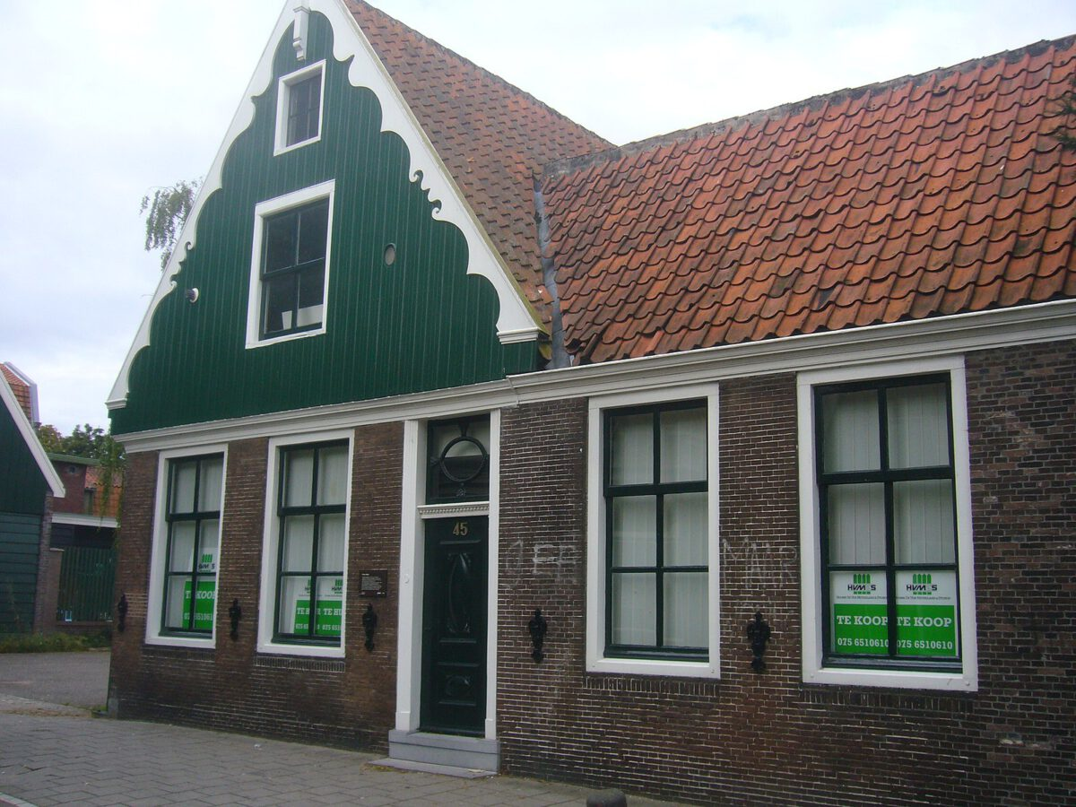 Can you get a mortgage in the Netherlands as an expat? (and college
