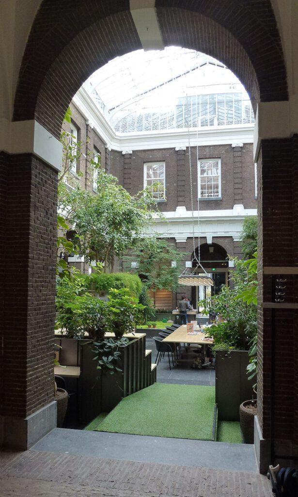 day-trip-to-schiedam-visit-the-korenbeurs-library-courtyard