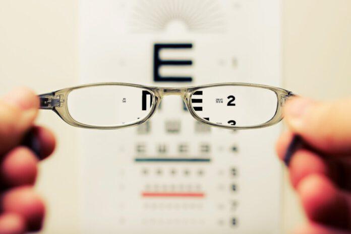 photo-of-eye-test-chart-dutch-invention