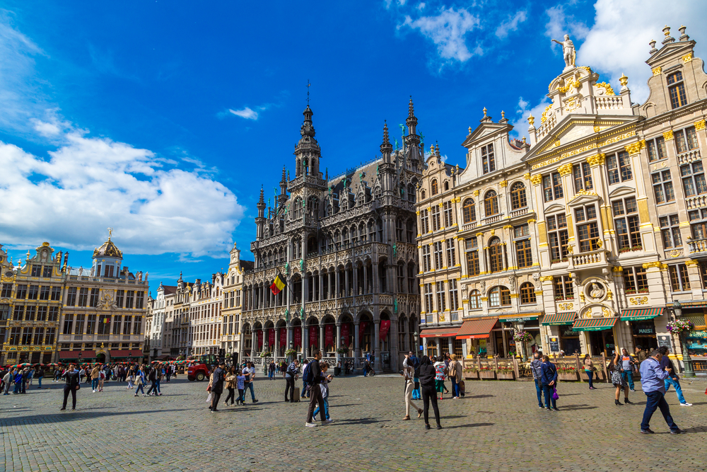 visiting-grand-place-brussels