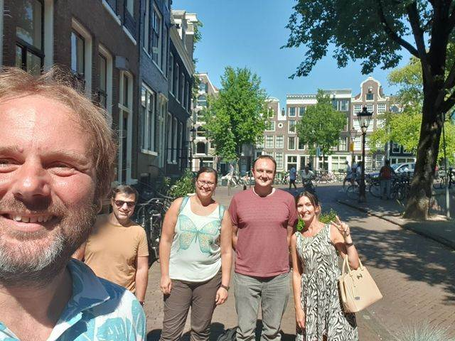 Photo-of-Albert-Both-and-students-of-Dutch-Brainwash-standing-outside-in-Amsterdam