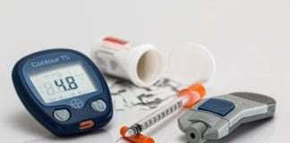 diabetes-glucose monitor-lancet