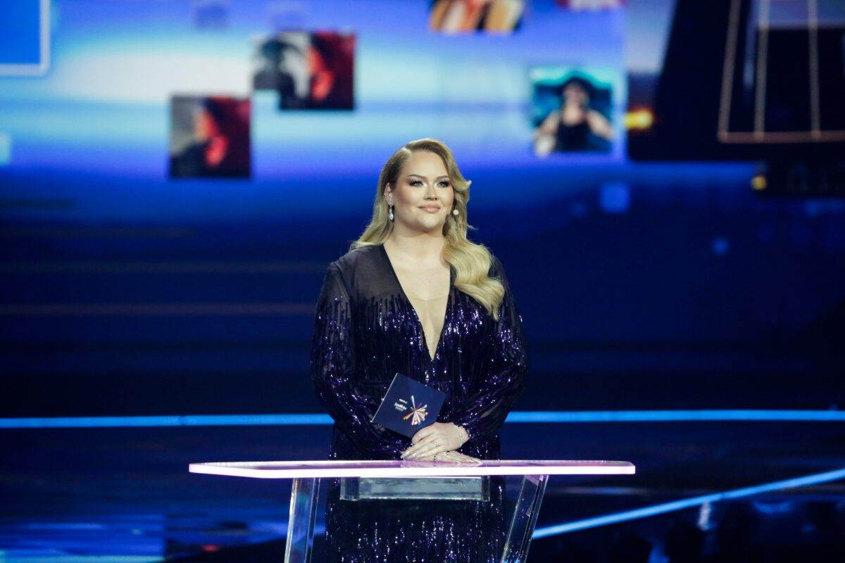 photo-nikkie-de-jager-hosting-eurovision-semi-finals-2021