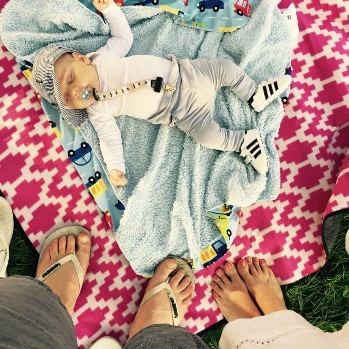a-Dutch-baby-on-a-blanket