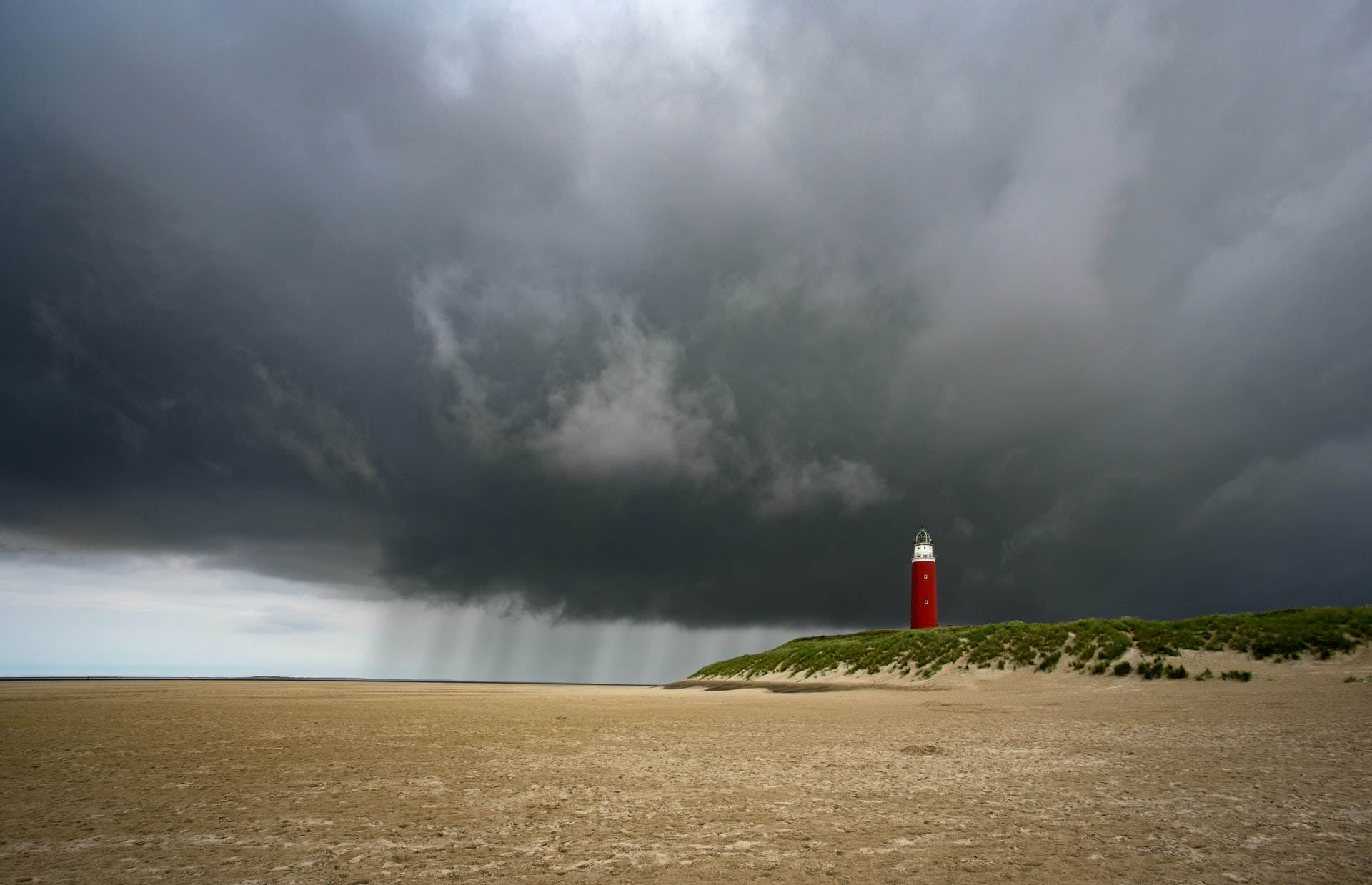 photo-of-a-thunderstorm-on-texel-netherlands