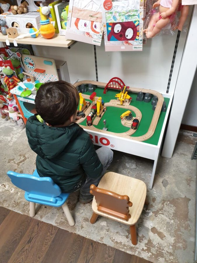 toy stores in amsterdam: there's more to life than intertoys