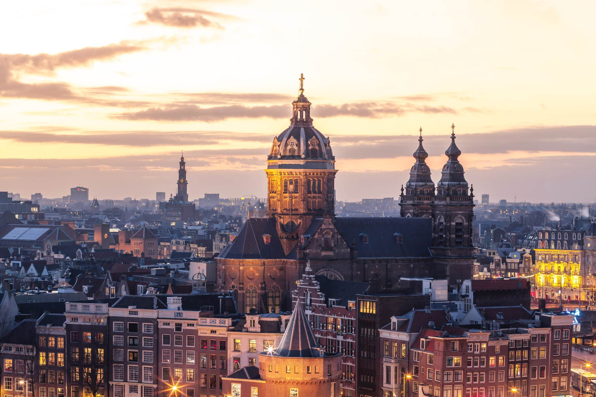 photo-of-amsterdam-historic-centre-at-dusk