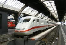 express-train-in-zurich-railway-station