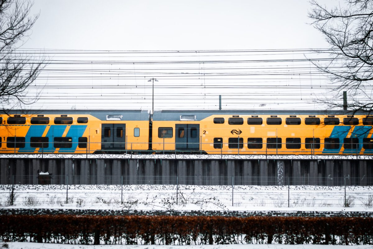 NS-train-in-Amsterdam