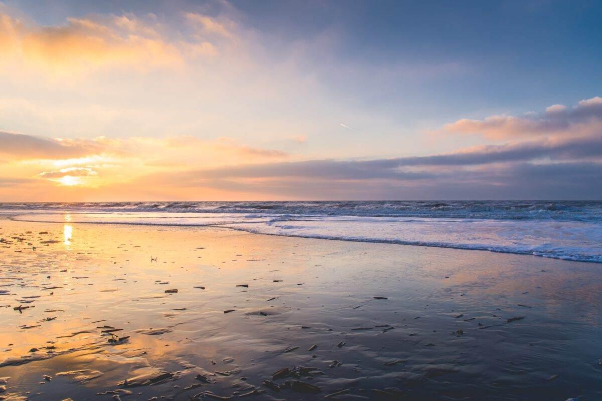 photo-of-sunset-at-zaandvoort-aan-zee