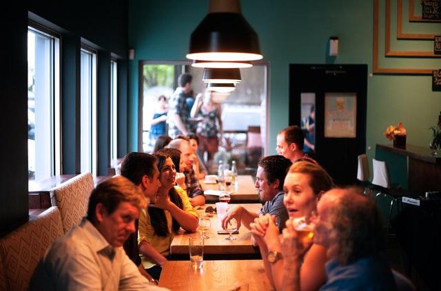 Friends-in-a-restaurant
