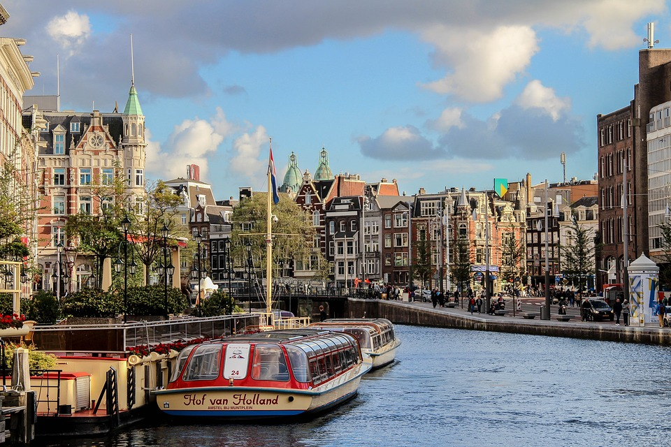 Doei doei Leaving the Netherlands 7 ways to deal with emigrating