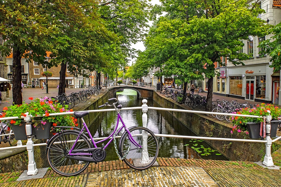 Life is good! Find out which four Dutch cities are part of the top 20 for expats