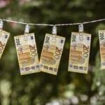 money-5244058_1280