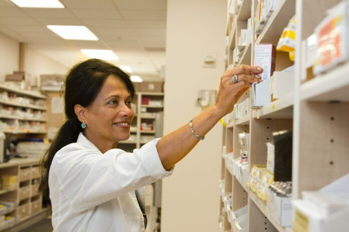 Photo-of-pharmacist-Netherlands