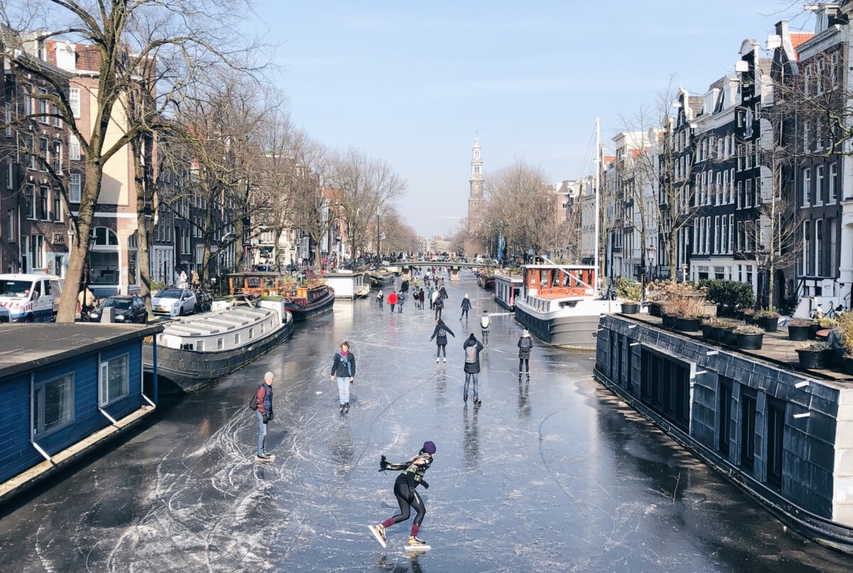 natural ice skating rinks in the Netherlands