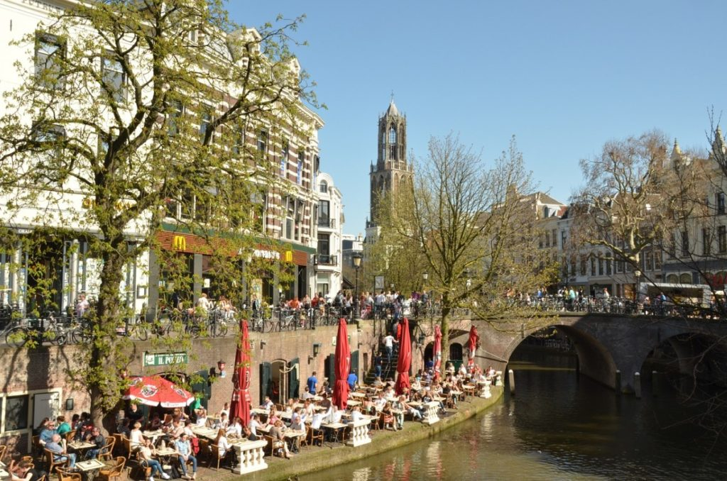 Moving to Utrecht: See the terraces on a summer day