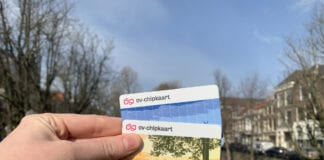 photo-of-personal-and-anonymous-ov-chip-cards-held-up