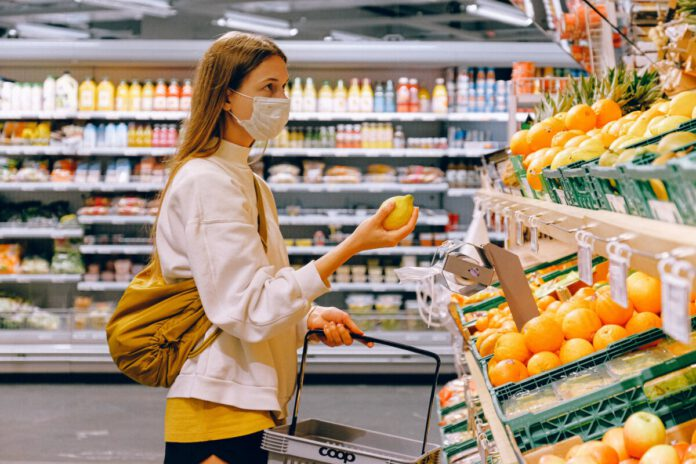 photo-of-a-woman-shopping-in-albert-heijn