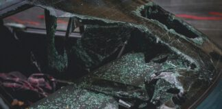 Photo-of-car-crash