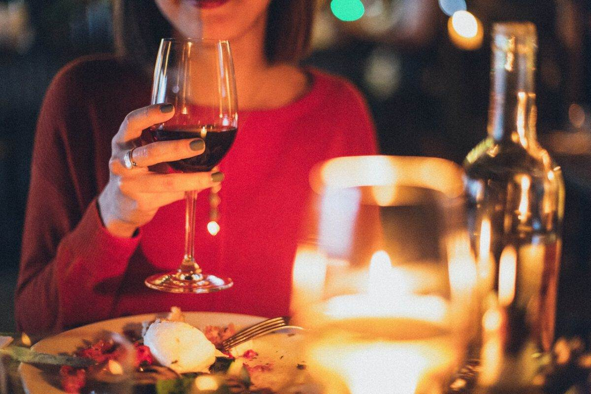 Photo-of-woman-dining-out