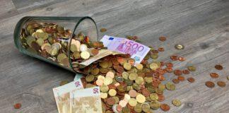 money-cash-euros-salary