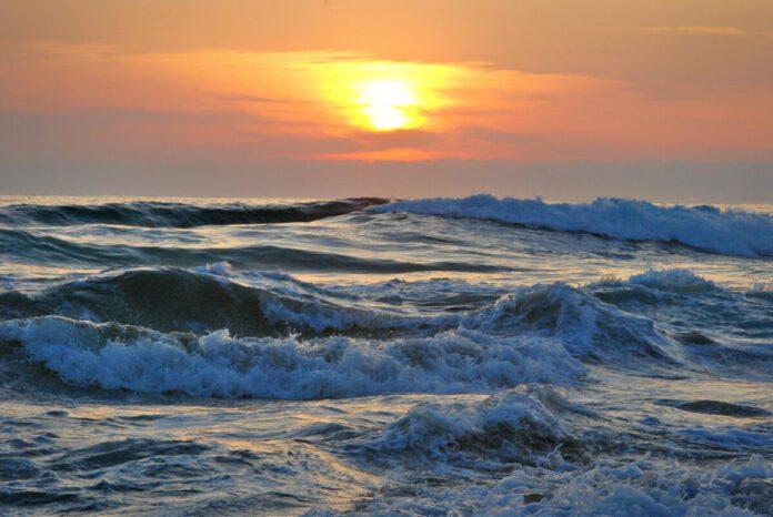 water-beach-waves-sun-hot