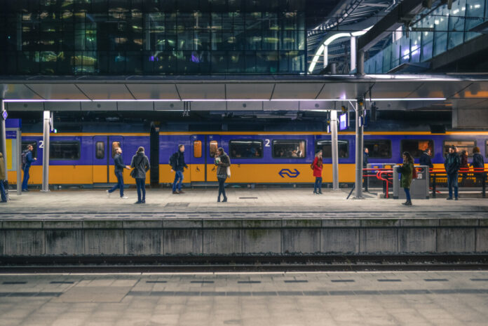 Train-platform-in-the-Netherlands-with-NS-train