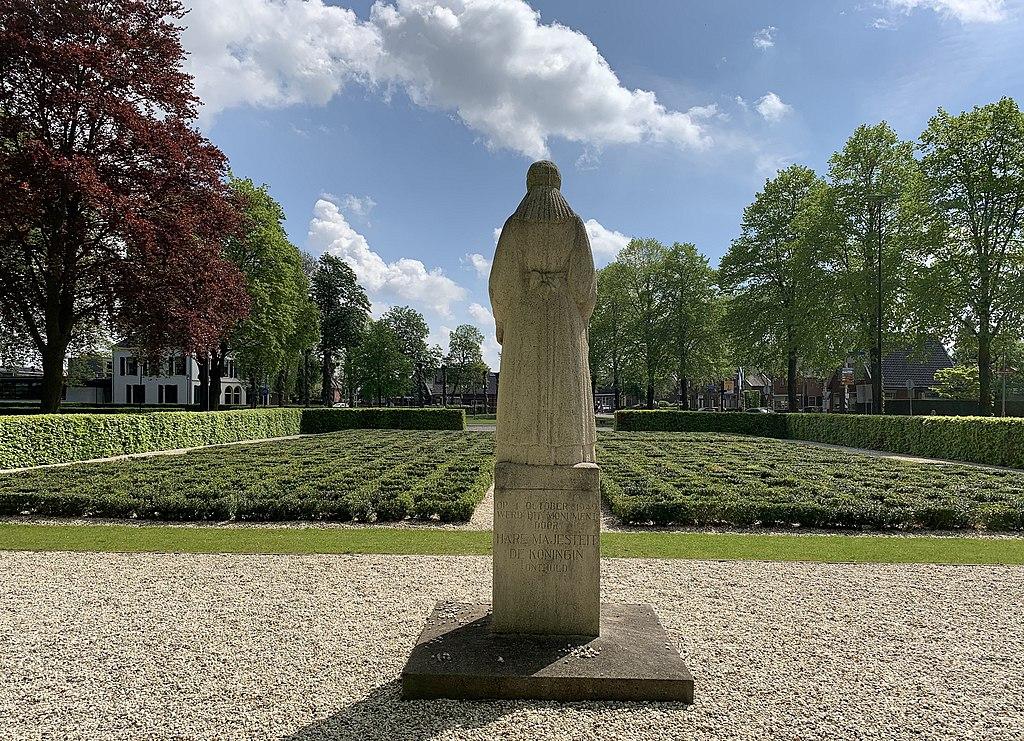 Putten-memorial-garden