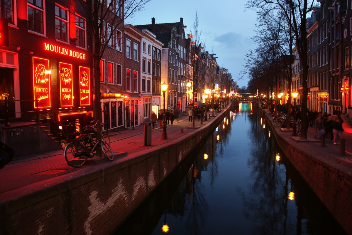 Guided Tours Prohibited In The Red Light District In 2020
