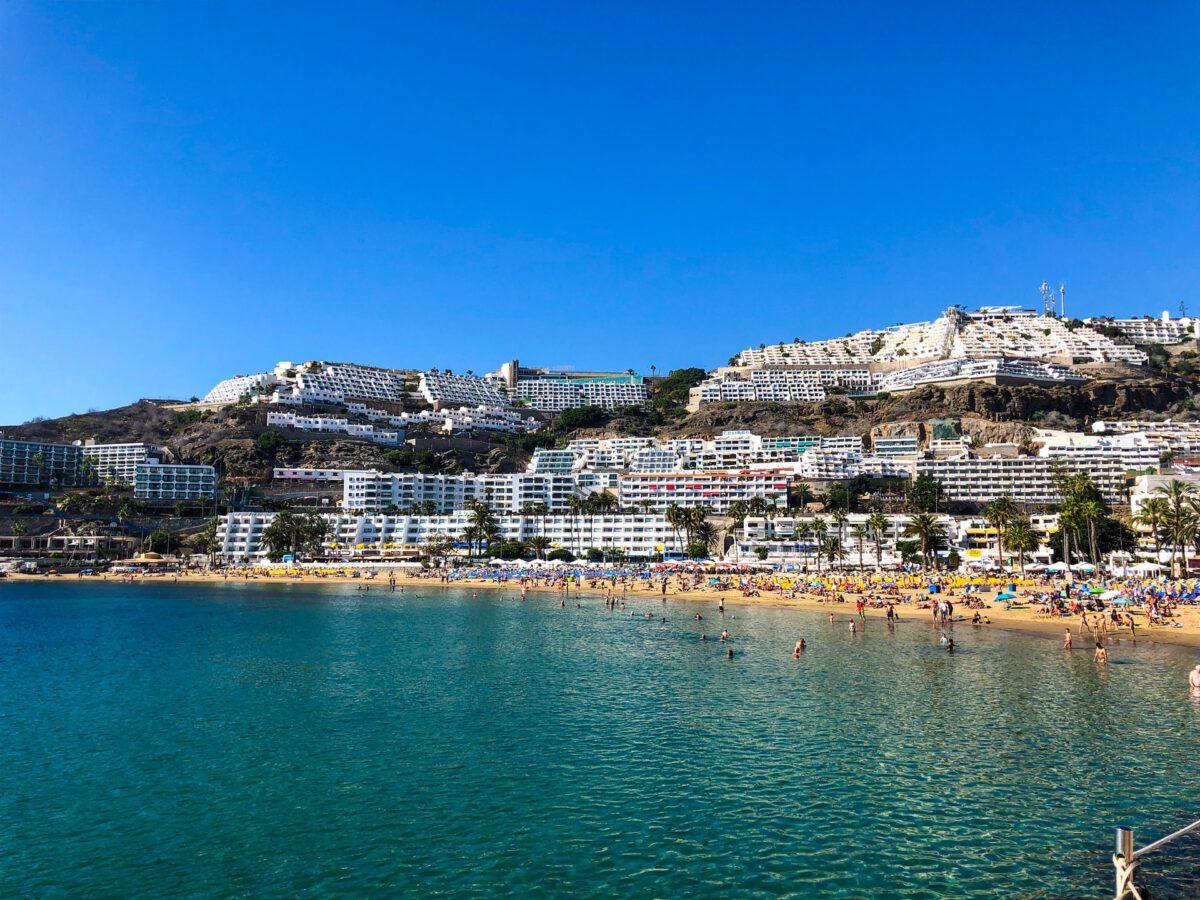 Gran-Canaria-ariel-view-on-a-Dutch-trial-holiday