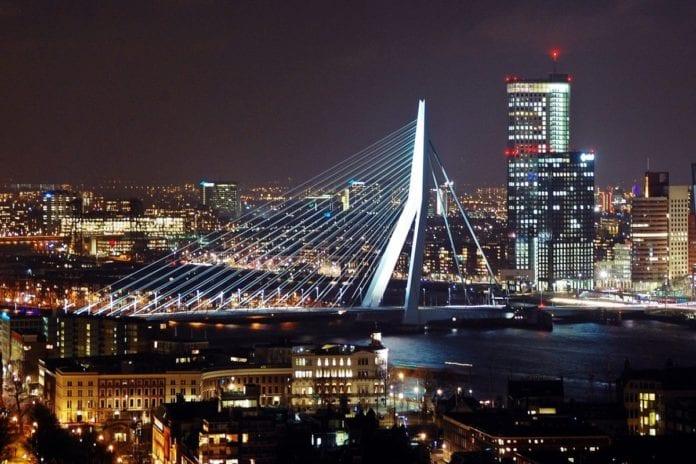 rotterdam-erasmus bridge-rotterdam skyline