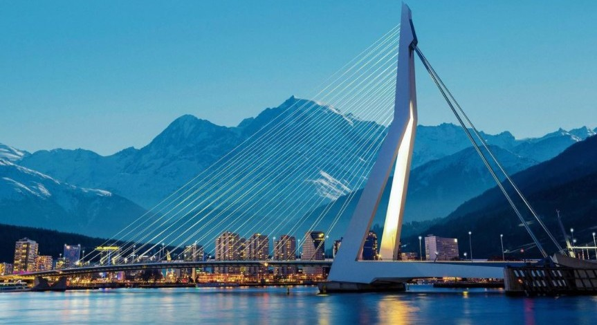 rotterdam-with-mountains