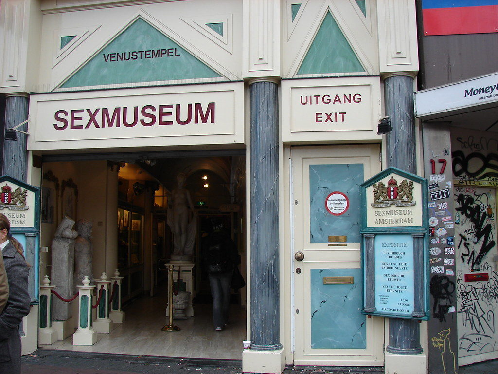 tourist traps in NL